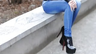Casual Latex Combined With Jeans