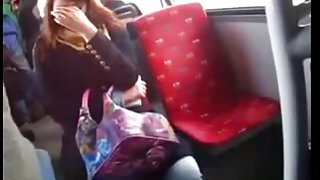 DICK Flash to curious girl on bus