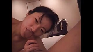 japanese wife licking ass05