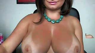 Very hot amateur MILF with big tits and sexy tan lines
