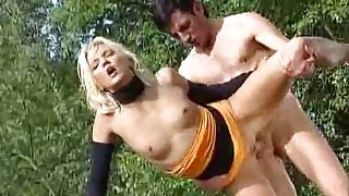 Blondine Anhalter Fick - Golden-Haired Hitchhiker Fuck
